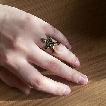 Funky Starfish Ring