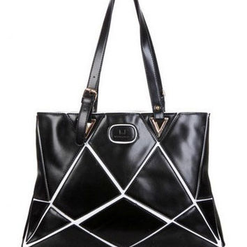 Geometric Pattern Leather Shoulder Bag