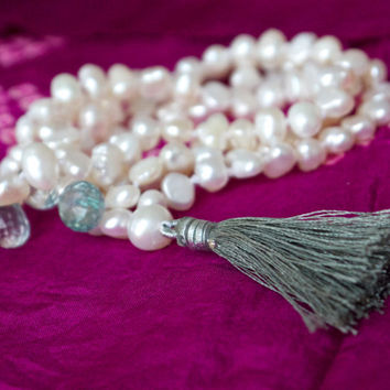 White pearl mala necklace Green mystic quartz & tassel 108 bead Buddhist Gemstone Yoga Meditation Thankful Chakra Prayer Buddha Oriental