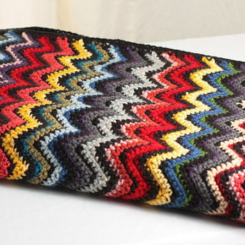 crochet chevron blanket or ripple afghan / throw: rainbow stripes