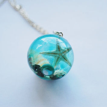 The Mermaid's Necklace 08 Nautical Jewelry Resin Orb Starfish Tiny Seashells Pearl Aqua Specimen Necklace Fairy Tale Fantasy Unique Handmade