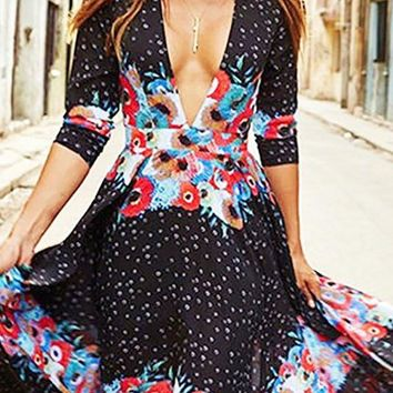 A| Chicloth Plunging neck Multicolor Maxi Dress Beach 3/4 Sleeve Printed Dress