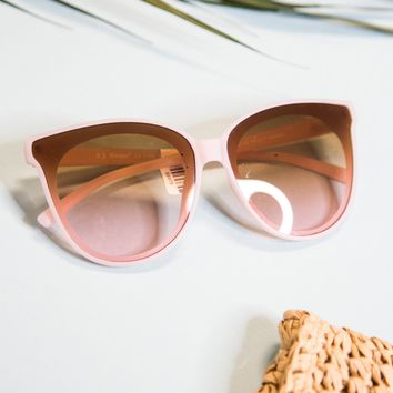 Glammed Large Mirrored Sunnies, Pink