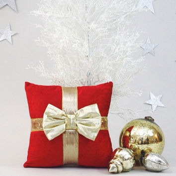 RED VELVET PILLOW  .  Gold Metallic Bow Wraps Up this Gorgeous Red Velvet Accent Pillow . Christmas Gifts Never Looked So Pretty