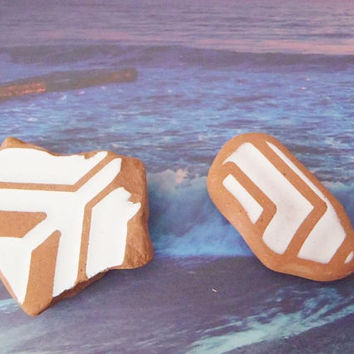 2 italian sea pottery beach pottery mosaic tyle beach supplies terracotta brown surfer for mosaics sea finds destash ceramic lasoffittadiste