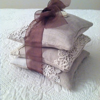 FREE SHIPPING Set of 3 - Vintage Linen Fragrant Dried French Lavender Sachets Mother of Pearl Buttons Moth Repellant Drawer Freshener