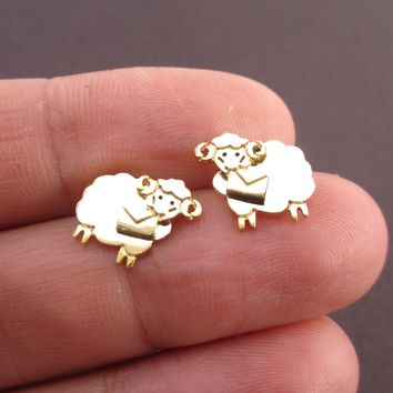 Bighorn Sheep Ram with A Letter Shaped Stud Earrings in Gold