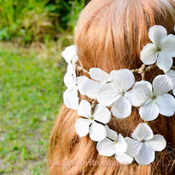BRENDA LEE White flower headwreath/earthy twig bridal garland/bride/bridesmaid/girl/floral/crown/circlet/halo/crown/woodland/fall back/toga