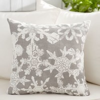 SNOWFLAKE OUTDOOR PILLOW COVER