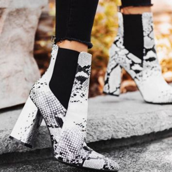 Hot style snake-print ankle boots with thick heel clip