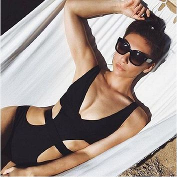 Deep V Swimwear 2017 New Sexy Black Swimsuit Cut Out One Piece Monokini Bodysuit Beachwear Swim Wear Swimming Suit
