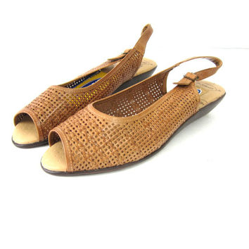 Woven Brown Leather Sandals Vintage Open Toe Minimal Slip On Strappy Sandals Boho Summer Shoes wedges Women's Size 9.5 10