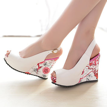 Feminine Fashion Flower Design Platform Shoes,Sexy Slingbacks Wedges Pumps,Peep Toe High Heels Sandals,Buckle Strap Chaussures