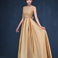 Plus Size Prom Dresses with Gold Appliques A-Line Prom Gown 2016 Sleeveless Long Luxury evening dress Free Shipping