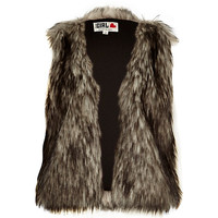 River Island Womens Grey Chelsea Girl cropped faux fur vest