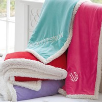 Sherpa Pop Throw, Girl