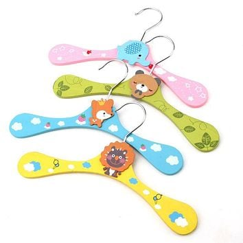 Wooden cartoon children clothes hanger, baby colored wooden racks, hangers single loaded E9274
