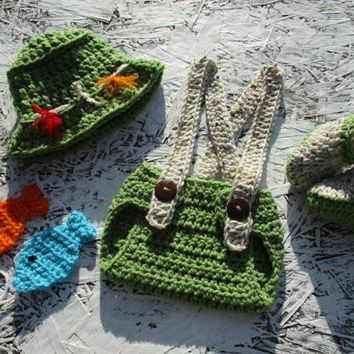 Crochet Newborn Fishing Outfit Green Aran Fleck Baby Photo Prop
