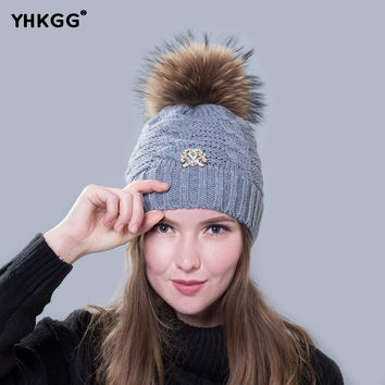 2016  winter hat fur ball knitted warm hats for women.Skullies Beanies Fur Pom Poms.Pretty classic knit cap lines