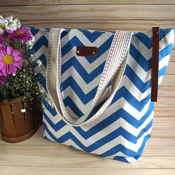 Chevron Diaper Bag with Leather key Clip Holder BLUE Chevron Travel Bag Weekender Bag School Bag Fashion Women Bags