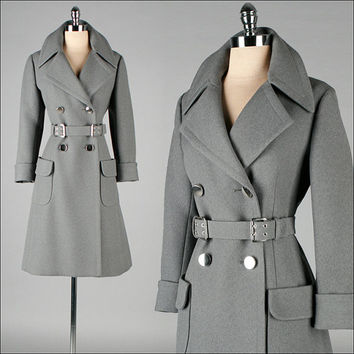 Vintage 1970s Coat . Gray Wool . Dejac Paris . Military . Belt . Flap Pockets . M . 2745