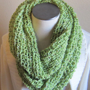 Crochet Cowl/ Hooded Scarf/ Infinity Scarf Yarn Bee Snowflake Wool Blend Yarn in Limelight