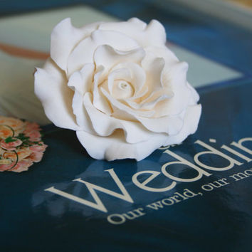 Light ivory rose - Bridal hair flower,  Wedding hair flower, rose hair clip, Bridal flower clip, Wedding flower clip, rose flower hair clip