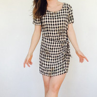 Black and tan plaid dress / plaid apron dress / plaid wrap dress / short 90s dress short plaid dress vintage plaid dress small short dress
