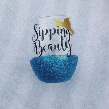 Disney Wine Glass, Sipping Beauty Wine Glass , Glitter Wine Glass, Disney, Sleeping Beauty, Aurora