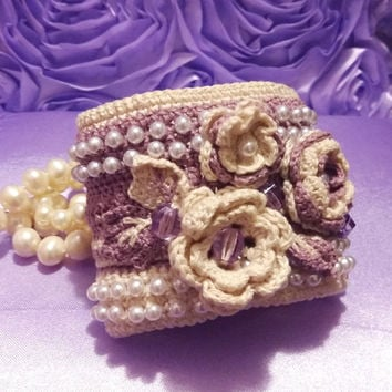 Bracelet Cuff Crochet bracelet Crochet cuff Rose and creamy  with plastic beads