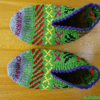 Women's Turkish hand knitted unique fair isle slippers, slipper socks, house socks, house shoes.