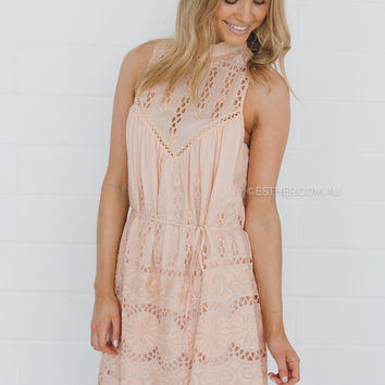 ministry of style mastermind dress - peach