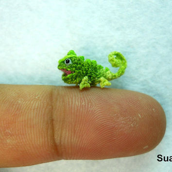 Micro Green Chameleon - Small Crochet Mini Amigurumi Miniature Tiny Animals - Made To Order