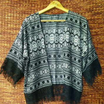 Boho Fringe Kimono Cardigan Ethnic ikat tribal print Festival Hippies Gypsy fabric Beach Cover Up Jacket Summer festival women fashion Black