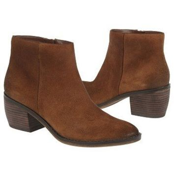 Naturalizer Naturalizer Women's Onset Ankle Boot | Bluefly.Com
