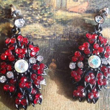 Austrian Crystal Rhinestone Ruby Red Earrings Dangle Drop Chandelier Vintage Pierced Ears Bohemian Gemstone