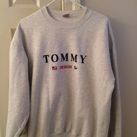 Oversized Tommy Hilfiger Design Crewneck Sweatshirt // Nautical