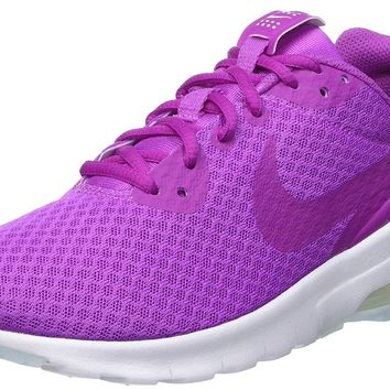 NIKE Women s Air Max Motion Lw Running Shoe 985c7d573