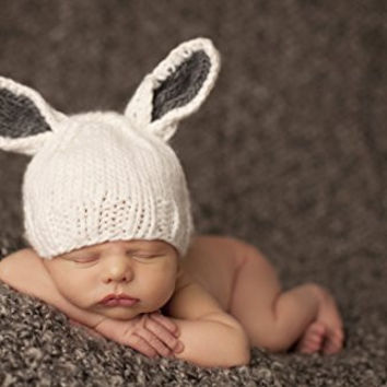 "The Blueberry Hill ""Bailey"" Bunny Knit Hat. Photo Prop 100% Soft Icelandic Acrylic Yarn White w/Gray Ears(X-Small 3-12 Months)"