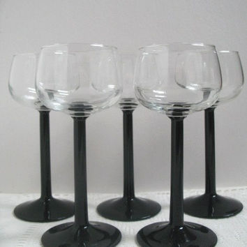 Black Stem Wine Glasses, Luminarc White Wine Glasses, France, Set of 5, Wide bowl, Vintage Stemware Retro Barware