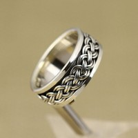 925 Sterling Silver Ring with Braid Embellishment