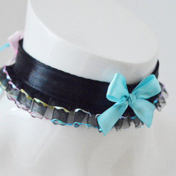 Pastelgoth choker - Neon nights - gothic goth lolita kitten play dark black and pastel blue and pink collar - kawaii sissy frilled necklace
