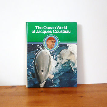 vintage book, marine biology, science, jacques cousteau   ///  70s, retro, reference book, kelly green, books, desk accessories, dolphin