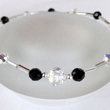Ankle Bracelet, Beaded Stretch Anklet, Czech Glass Jewelry, Swarovski Crystal Anklet, Beaded Jewelry, Bead Anklet, Black and White