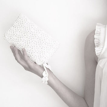Sparkling Snow White Rectangular Crochet Clutch