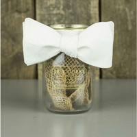The White Paisley Bow Tie