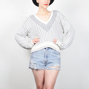 Vintage 80s Sweater Gray Ivory Striped Preppy Jumper 1980s Sweater V Neck Crop Top Cropped Sweater Cable Knit Sweater Pullover S M Medium