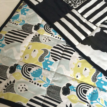 Monochrome Baby, Monochrome Baby Quilt, Sheep Quilt, Sheep Baby, Baby Quilt, Baby Blanket, Animal Baby Quilt, Farm Baby Quilt, Cot Quilt