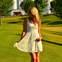 BY YOUR SIDE LACE DRESS IN CREAM