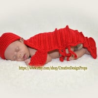 Crochet Crayfish Lobster Outfit For Newborn Baby - Crawfish Hat and Cape Set - Halloween, Photo Prop or Baby Shower Gift